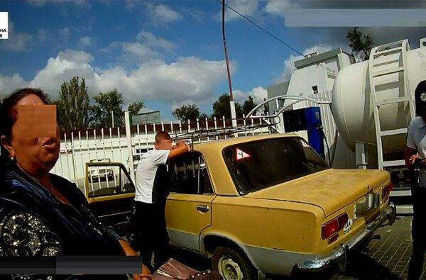 Патрульные в Корабельном районе задержали 20-летнего парня, который находился в розыске из-за кражи | Корабелов.ИНФО