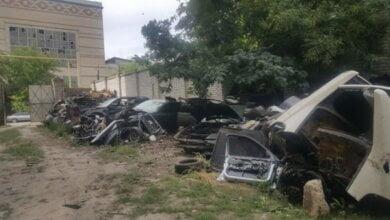 Справжній цвинтар автомобілів «BMW» виявили оперативники у Миколаєві (ВІДЕО) | Корабелов.ИНФО image 7