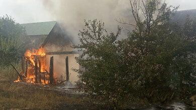 Восемь пожарных тушили частный дом в Корабельном районе   Корабелов.ИНФО image 2
