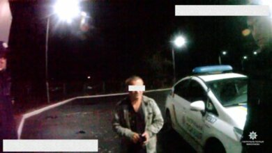 «Я тільки пожартувати»... Патрульні затримали чоловіка, що погрожував підірвати АЗС на проспекті Богоявленському | Корабелов.ИНФО image 1