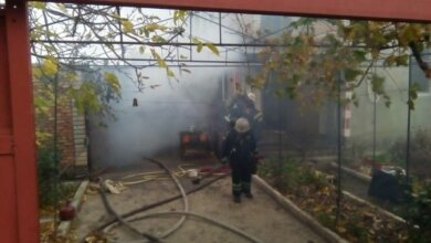 Полум'я на 80 кв. метрів: пожежники врятували від знищення житловий будинок у Корабельному районі | Корабелов.ИНФО image 1
