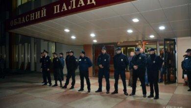 Активисты пытались сорвать концерт Сергея Бабкина в Николаеве (ВИДЕО) | Корабелов.ИНФО