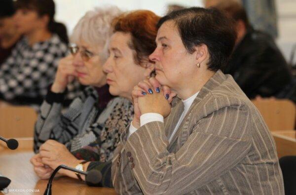 «Совок дремучий», - руководители школ собирают подписи в поддержку Анны Деркач   Корабелов.ИНФО image 5