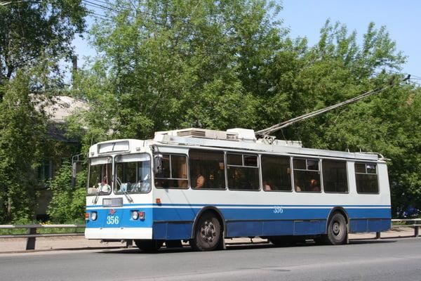 Photo of «Просто с неба назвал цифру», — Сенкевич оценил строительство троллейбусной линии в Корабельный район в 200 млн грн