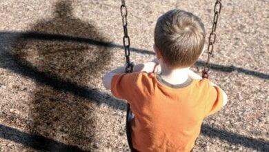 В Николаеве мужчина пытался похитить 9-летнего ребёнка прямо на территории школы | Корабелов.ИНФО