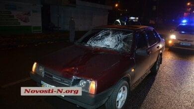 Вечером на проспекте Богоявленском автомобиль сбил пешехода – пострадавший в тяжелом состоянии   Корабелов.ИНФО image 1