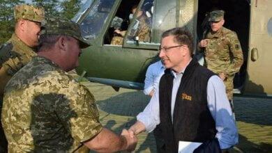 Photo of Курт Волкер: «Ціль США — досягти повного відновлення суверенітету та територіальної цілісності України» (ВІДЕО)