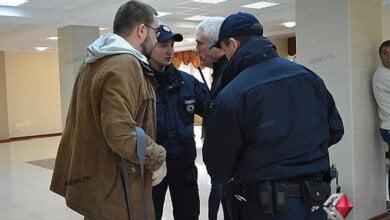 Дело по нападению «охранника губернатора» на журналиста в Николаеве закрыли через неделю после его открытия | Корабелов.ИНФО image 1