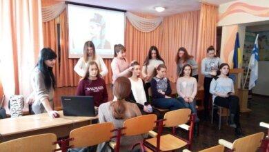 Старшокласників у школі в Корабельному районі навчали перукарському мистецтву | Корабелов.ИНФО image 3