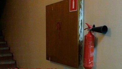 Исправились: на месте негодного огнетушителя в администрации Корабельного района появился новый | Корабелов.ИНФО image 3