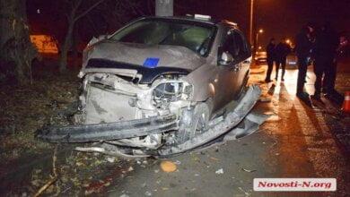 Пьяный офицер ВСУ на «Chevrolet» врезался в столб в Николаеве и пытался сбежать с места ДТП   Корабелов.ИНФО image 1