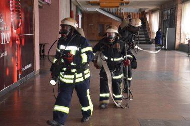"""""""На сцені виникла пожежа, загрожуючи глядачам..."""" - відбулися навчання на базі колишнього Будинку Культури Металургів   Корабелов.ИНФО image 13"""