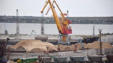 Более 4 миллионов тонн грузов перевалил в 2017 году порт «Ника-Тера» | Корабелов.ИНФО image 4