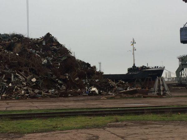 Photo of У новорічну ніч в Миколаєві намагалися незаконно експортувати металобрухту на 17,6 мільйона гривень