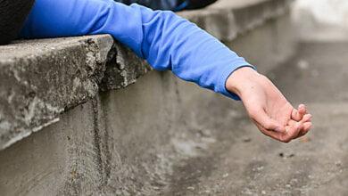 Николаевский школьник бегал по крышам МАФов и упал – чтобы родители не ругали, подросток придумал историю об избиении | Корабелов.ИНФО