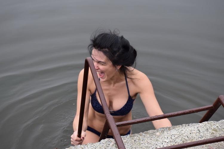Photo of В яхт-клубе Корабельного района сотрудников «Ника-Теры» посевали на успех и очищали от всего плохого в речной воде