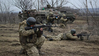 Photo of Боевики применили крупнокалиберные артсистемы и тяжелые минометы – 15 февраля один боец ВСУ погиб, еще один травмирован