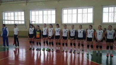 Photo of Николаевские волейболистки, среди которых и девушки из Корабельного района, проиграли Полтаве и выиграли у Запорожья