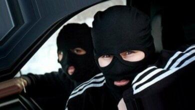 Photo of Разбой на Николаевщине: молодчики в балаклавах украли 200 тыс. грн, ружье, золото и угнали авто