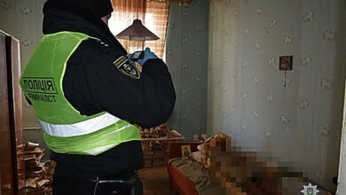 В Николаеве старушка жила в квартире с мумифицированным телом своей матери | Корабелов.ИНФО image 1