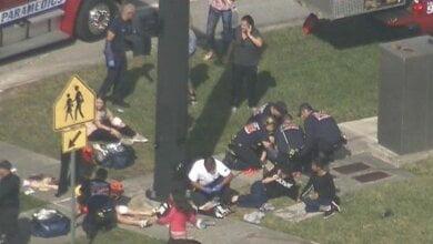 В школе США 19-летний парень устроил стрельбу, погибли 17 человек – спецназ SWAT задержал убийцу   Корабелов.ИНФО image 2