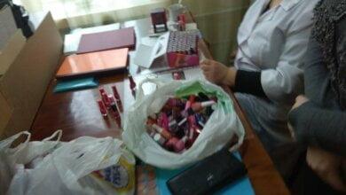 Пациенты онкобольницы в Николаеве ждали 40 минут, пока медики выбирали косметику | Корабелов.ИНФО