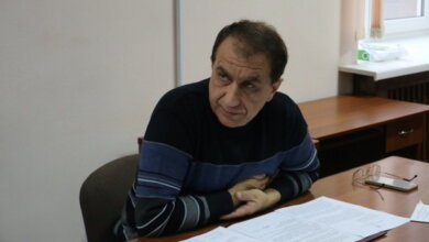 Photo of Чиновник Николаевского горсовета, имея двойное гражданство, подделывал паспорта, а его сын служит в армии РФ