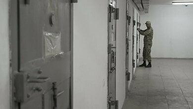 Ночью в Николаеве горел СИЗО: арестанты силой выломили дверь, побили офицера и открыли другие камеры | Корабелов.ИНФО
