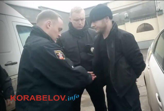 В краже и насилии обвинили патрульных полицейских задержанные жители Корабельного района (ВИДЕО) | Корабелов.ИНФО image 3