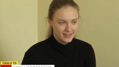 Девушка-«офицер спецслужб ДНР» приехала в Херсон за загранпаспортом (видео)   Корабелов.ИНФО