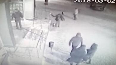 Нетверезий хуліган відкрив стрілянину біля супермаркету в Корабельному районі (Відео) | Корабелов.ИНФО image 2