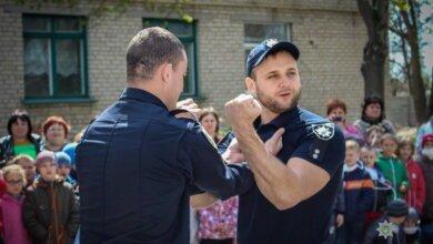 Самообороні навчали патрульні школярів у Корабельному районі (ФОТО) | Корабелов.ИНФО image 6