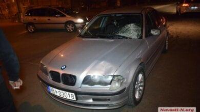 Участник пьяной драки в николаевском супермаркете «ЭКО-маркет» выскочил на дорогу — и угодил под BMW (видео)   Корабелов.ИНФО