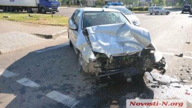 В Николаеве пьяный водитель на «Ситроен» врезался в «Форд» | Корабелов.ИНФО image 1