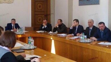 Мэр Сенкевич заявил, что никого из чиновников увольнять не будет, но требования повысит | Корабелов.ИНФО