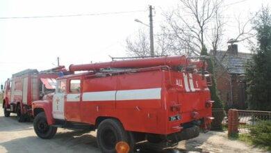 12 пожежників та 3 одиниці техніки гасили лазню в Корабельному районі   Корабелов.ИНФО image 1