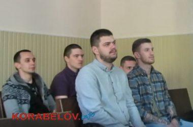 подсудимые по делу об избиении АТОшника Кочнева