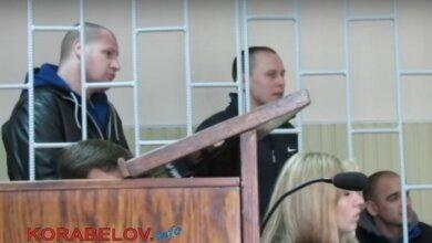 """5 лет не могут наказать жителей Корабельного района, обвиняемых в тройном """"галицыновском"""" убийстве (ВИДЕО)   Корабелов.ИНФО image 1"""