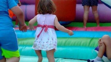 Опасное развлечение: в Корабельном районе чуть не задавило малышку, провалившуюся в щель надувного батута | Корабелов.ИНФО
