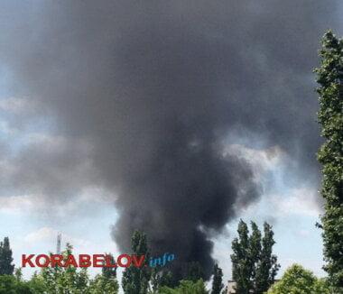 В Корабельном районе Николаева на 50 кв. м горели скаты: едкий дым распространился по округе