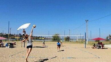Photo of Переможці відкритого чемпіонату міста Миколаєва з пляжного волейболу — вихованці спортшколи в Корабельному районі