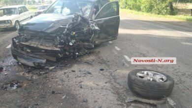 Photo of Из-за плохих дорог под Николаевом столкнулись три автомобиля — двое пострадавших