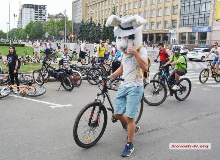 Масштабный велодень в Николаеве: Сенкевич опять пообещал велодорожку в Корабельном районе (видео)
