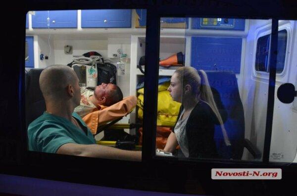 Стрельба на рынке в Николаеве: один пострадавший в тяжелом состоянии (видео)   Корабелов.ИНФО image 1