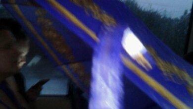 В Николаевских маршрутках во время дождя пассажиры ездят с зонтами: текут крыши | Корабелов.ИНФО