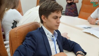 Сын одного из одиозных экс-владельцев ЧСЗ Чуркиных предложил Николаеву троллейбусы «ЛАЗ» | Корабелов.ИНФО