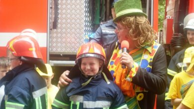 Флешмоб і клоун, ігри та вікторини, гімн рятувальників... Дітлахам Корабельного району нагадали про правила безпеки   Корабелов.ИНФО image 7
