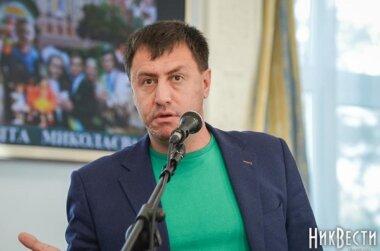 Депутат горсовета Николаева от Корабельного района подготовил решение сессии, чтобы убрать торговые «будки» на площади Победы