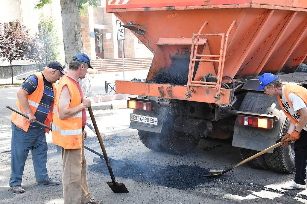 Photo of Почти миллион гривен потратят на ямочный ремонт дорог в Корабельном районе