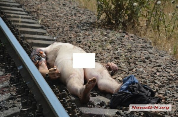 Самоубийца бросился под тепловоз в Николаеве - мужчине отрезало голову (18+)   Корабелов.ИНФО image 2